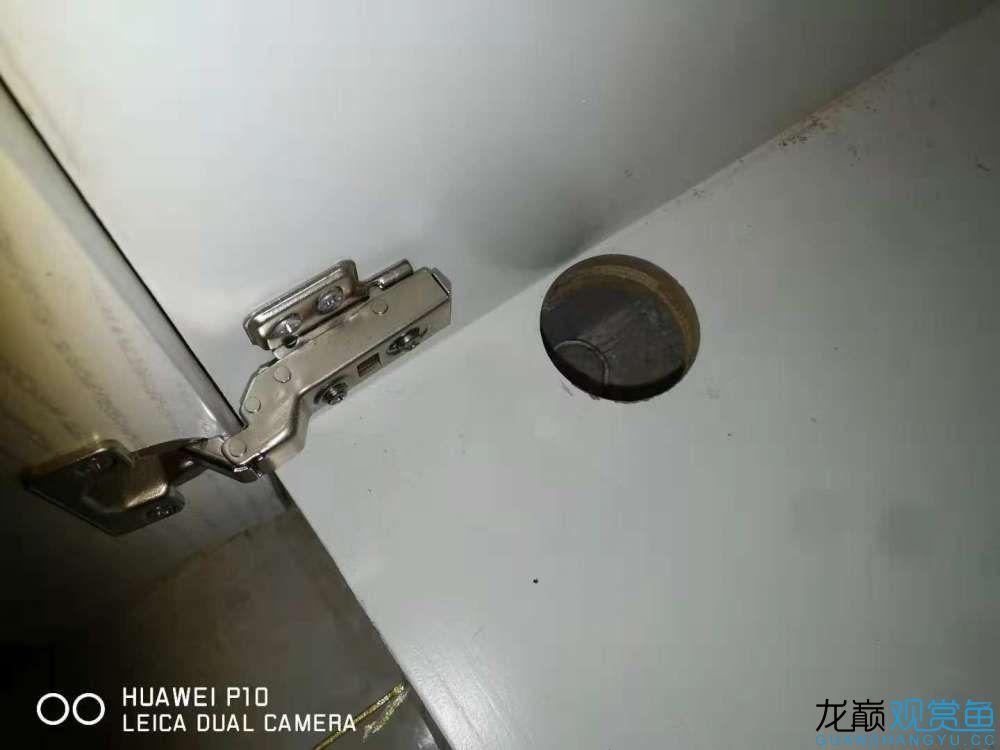 排水孔,铰链占深度7CM